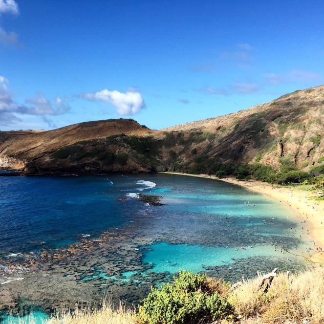 Oahu Honolulu Hawaii Guide on sunscreenandplanes.com